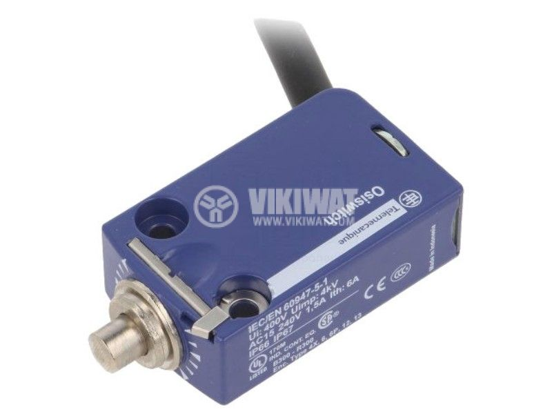 Limit switch XCMD2110L1, 1.5A/250VAC, NO+NC, with spring return, roller