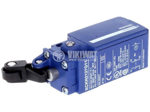Краен изключвател XCKN2127G11 3A 240V NO+NC незадържащ лост с ролка