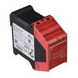Модул за безопасност XPSAK311144,  24VDC,  24VAC,  3xNO,  1xNC, 4 транзисторен,  IP20
