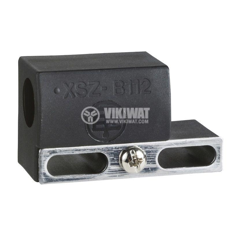 Държач XSZB112, за монтаж на цилиндрични сензори с резба M12 - 1