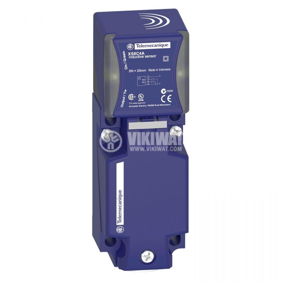 Индуктивен датчик XS8C4A4MPG13 24~240VAC 24~240V без преход NO или NC 0~40mm неекраниран