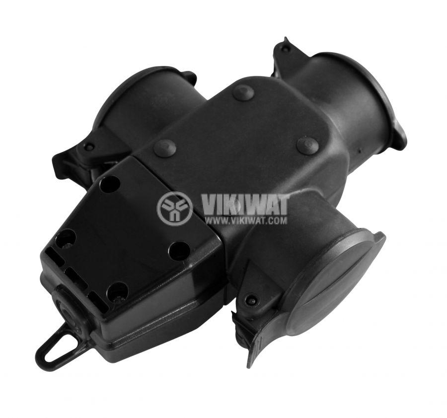 Троен куплунг гумиран със защитни капачки 250V 16A IP44 влагозащитен COMMEL C240-501