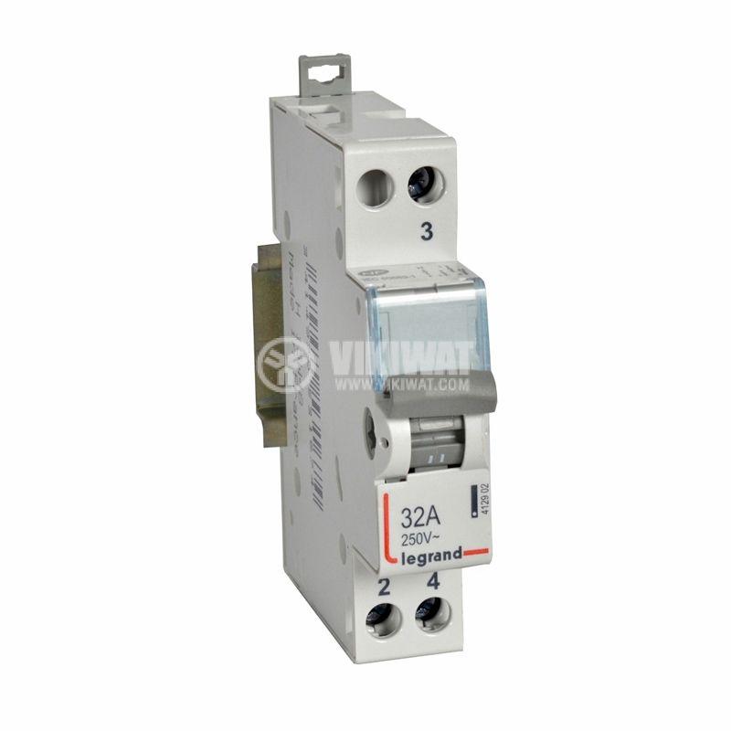 Превключвател 412902, 1P, 32A, 250VAC, средна точка, DIN