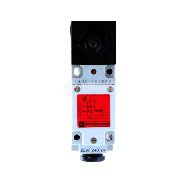 Optical sensor type diffusion XUC-F08623, NC 220VAC 0.8A range 2000mm (2m) - 1