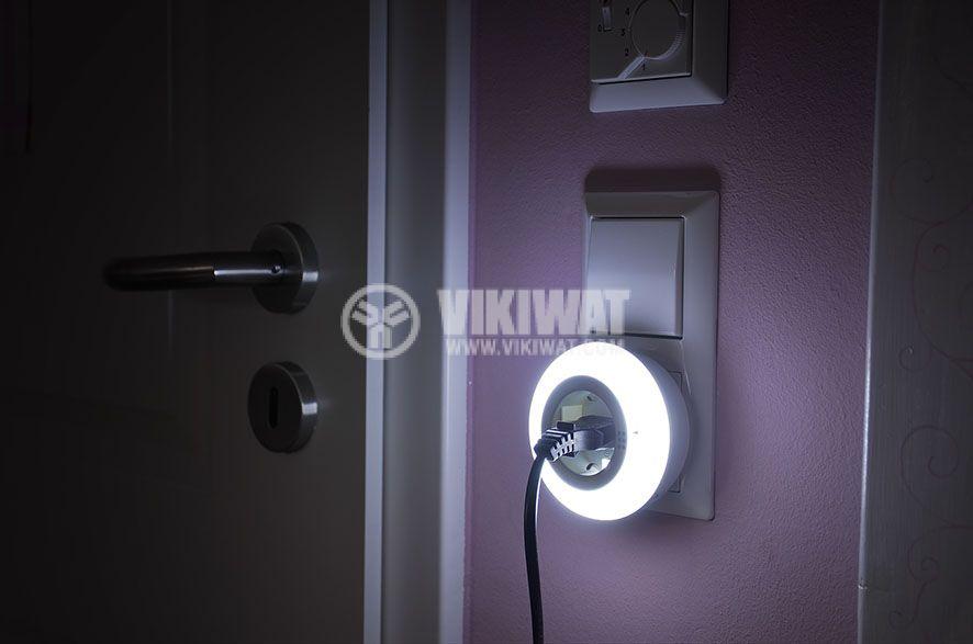 LED nightlight Color NL 09 RCD, Brennenstuhl, with twilight sensor and socket 9 LED 6lm - 8