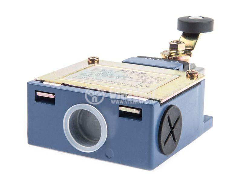 Краен изключвател, XCK-M115, DPST-NO+NC, 3A/240VAC, рамо с ролка - 4
