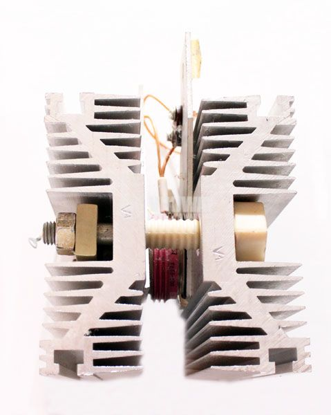 Тиристор T253-1250-12, 1200 V, 1250 A, с радиатор - 1