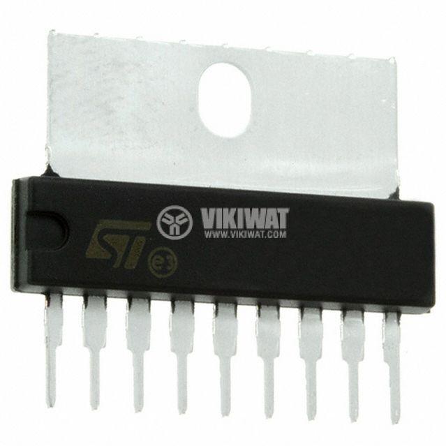 Интегрална схема STV8130A