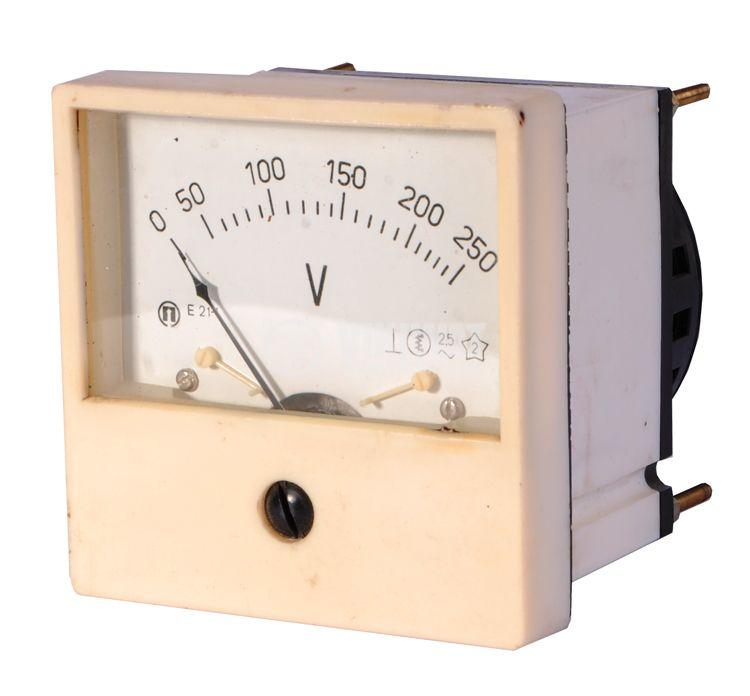 Волтметър, 250 V/AC, E21-1, с размери 80x80 mm