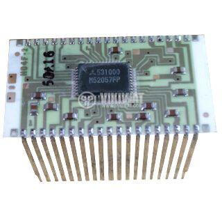 Интегрална схема M52057FP на платка
