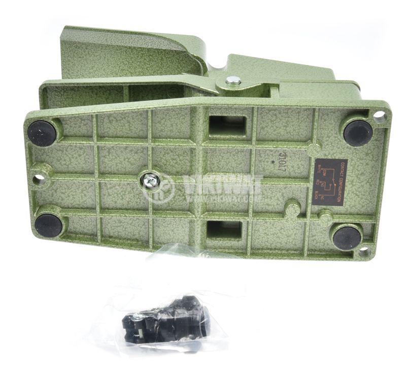 Foot switch, TFS-302, SPDT, 15 A / 250 VAC - 2